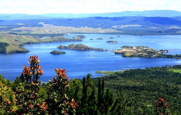 5 Wisata Terbaik di Papua