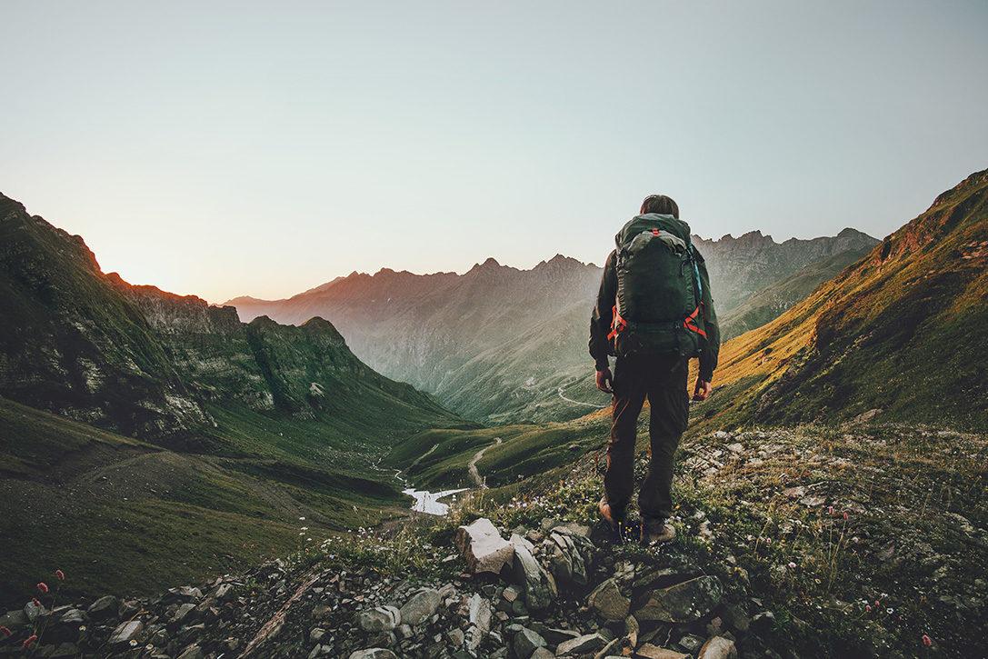 Celana Quick Dry Untuk Mendaki Gunung