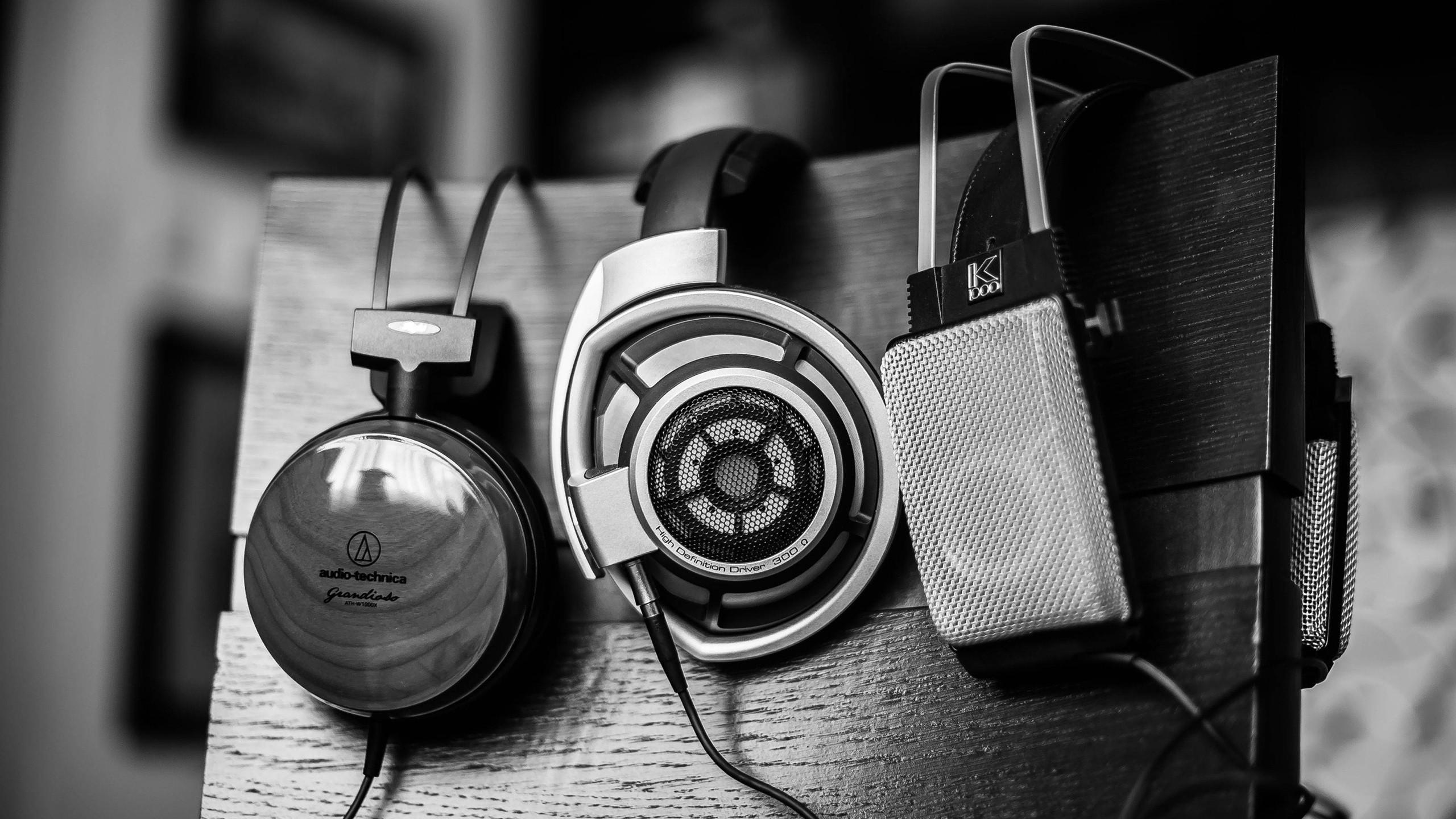 Apa sih Beda-nya Headphone, Headset, Earphone & Handsfree