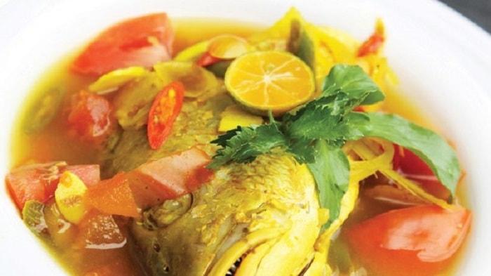 Mantap, 5 Makanan Khas Maluku Ini Bener - Bener Nagih