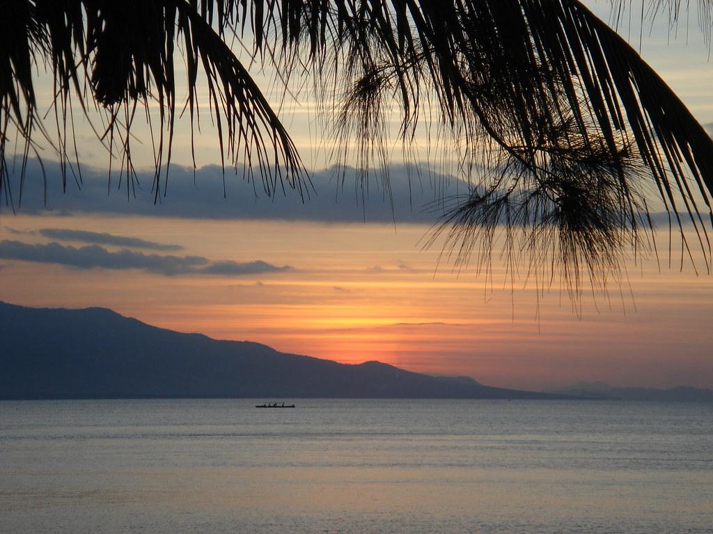 Pantai Takisung. Tempat Liburan Menyenangkan Bersama Keluarga