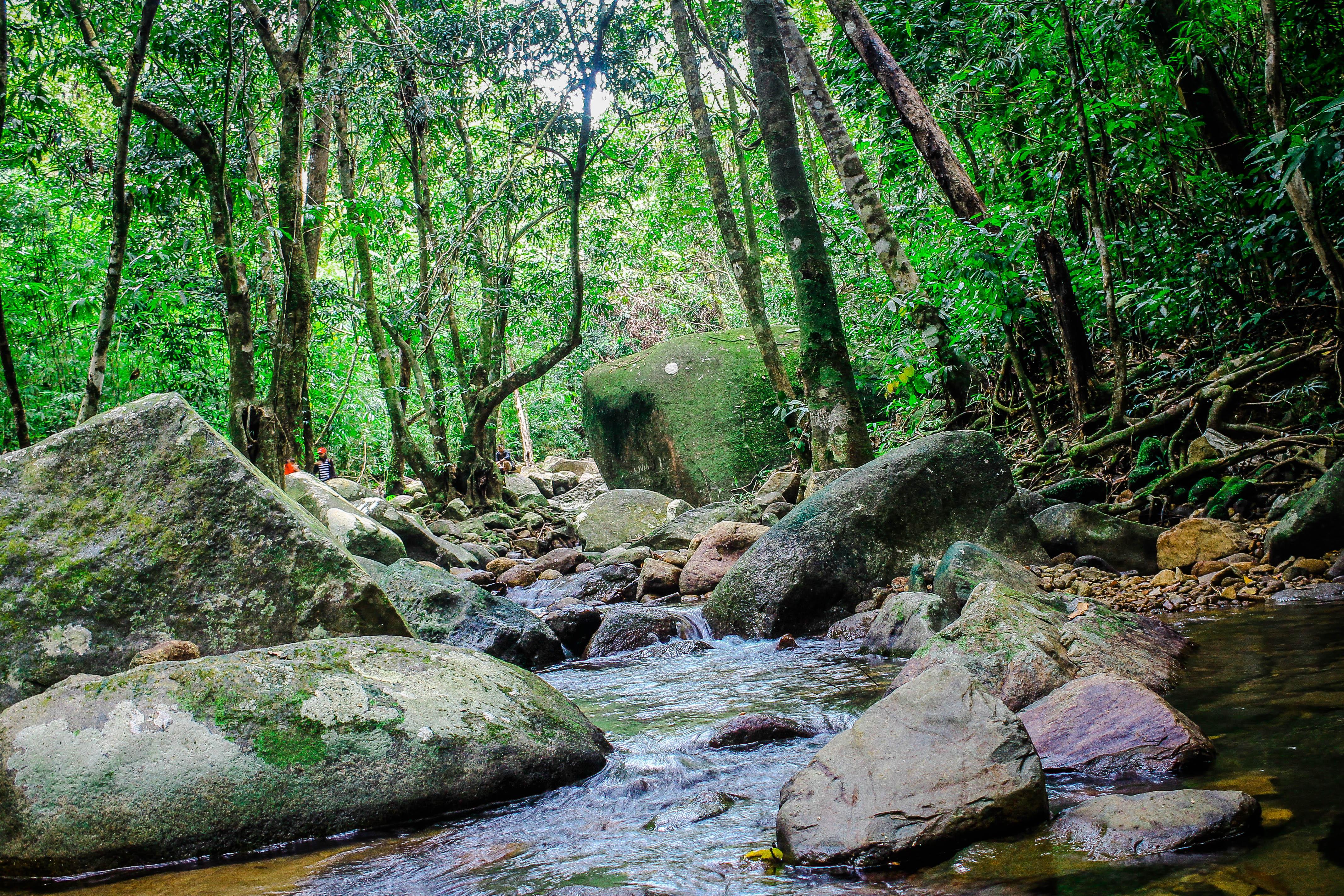 Air Tejun Eria, Air Terjun Cantik dan Elok di Singkawang